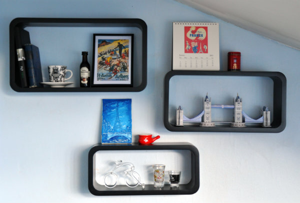 Bringing travel home: souvenir shelves