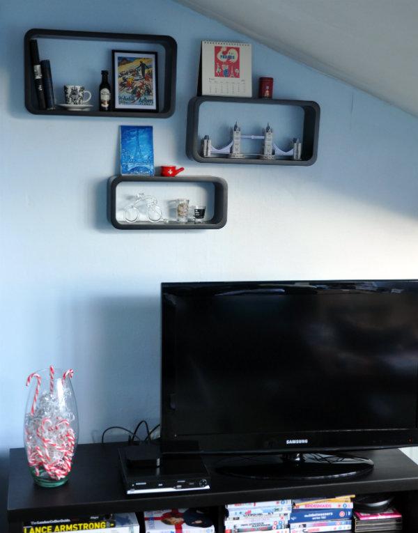 Souvenir Display Shelves by Argos