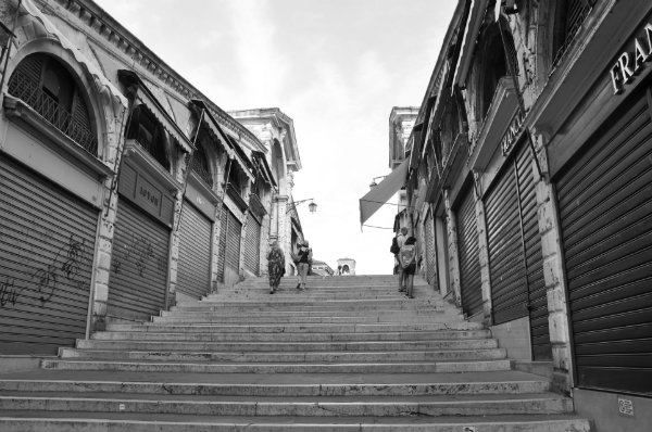 Discover the Hidden Gems of Venice