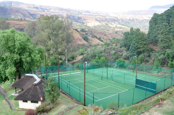 The Cavern Resort, Drakensberg - Tennis Court