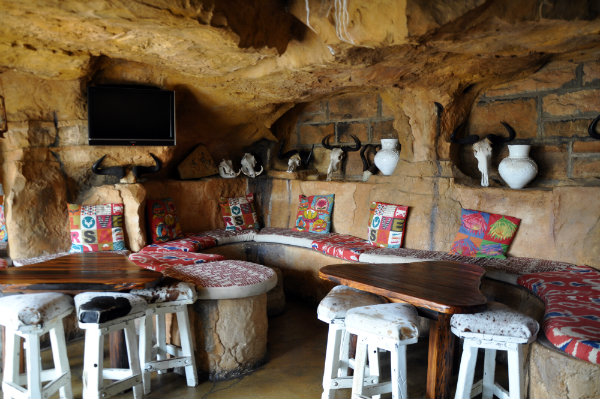 The Cavern Resort, Drakensberg Bar