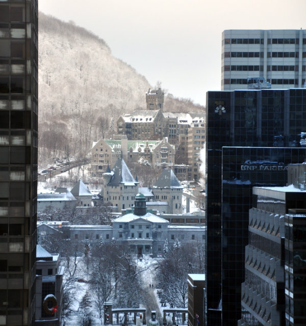 Fairmont The Queen Elizabeth Montreal View