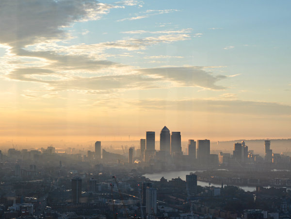 Early Morning London: the City...