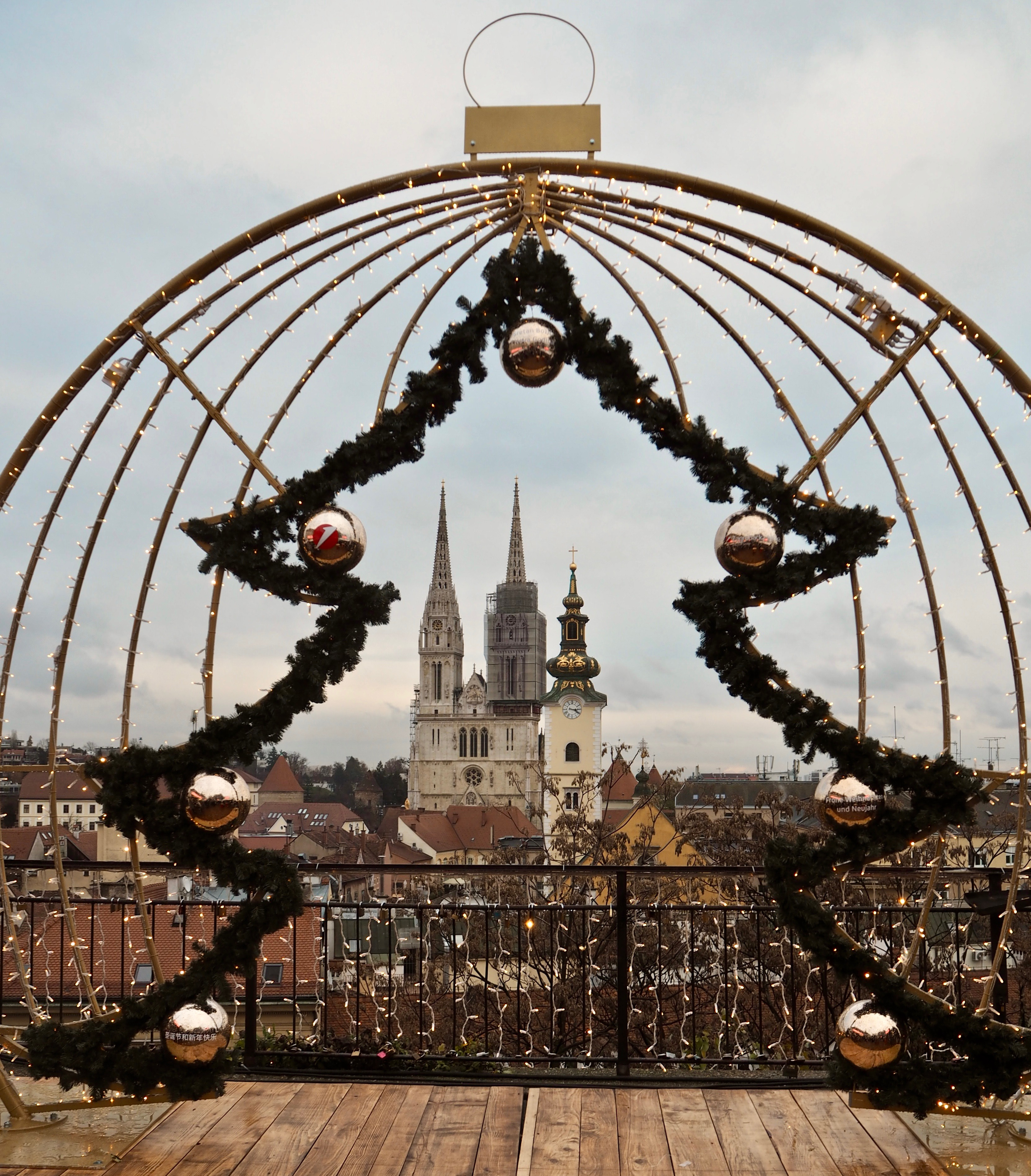 Astounding European Christmas Markets How To Recreate Them At Home Home Interior And Landscaping Ologienasavecom